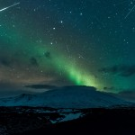Meteors and Northern Lights over Snæfellsnes glacier, Iceland – Feb 20th, 2015 – © Diana Robinson (https://www.flickr.com/photos/dianasch/)